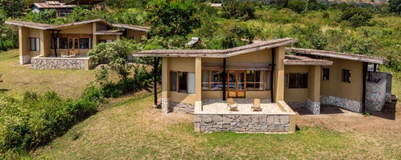 Banner Kyambura Gorge Lodge Exterior 1